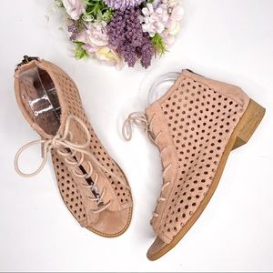 Musse and Cloud Aiden Perforated Suede Bootie
